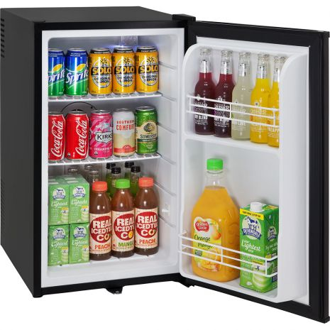 Quiet-Mini-Bar-Fridge-BCH70B (3)