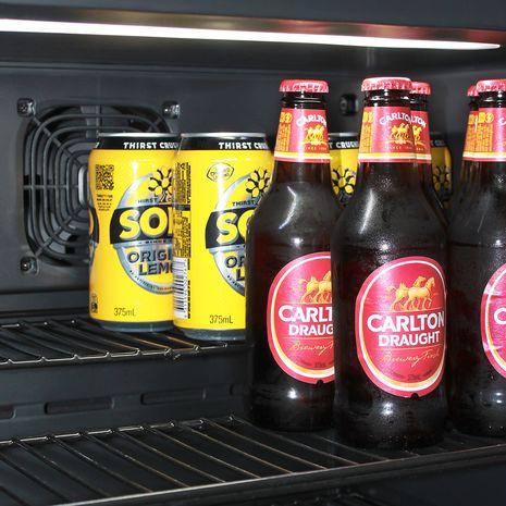 Cold-Beer-Subzero-Bar-Fridge (6)